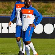 NLD/Katwijk/20100809 - Training van het Nederlands elftal, Vurnon Anita en Ron Vlaar