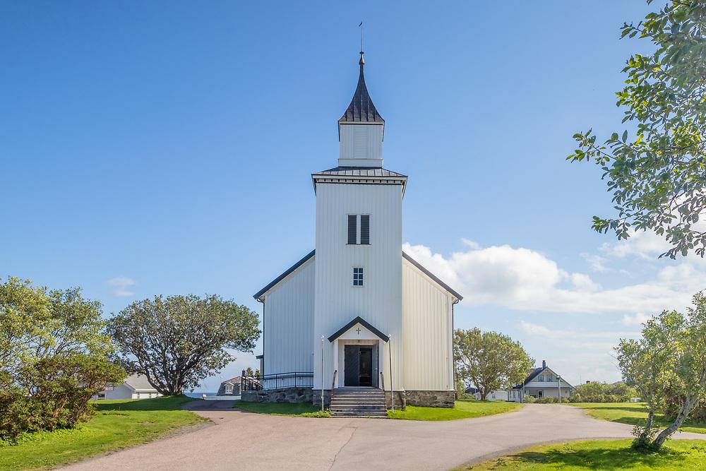 Andenes kirke ligger på Andenes i Andøy kommune i Nordland og hører til Andenes sogn i Vesterålen prosti.