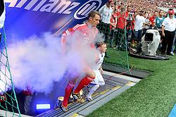 09.08.2014, Allianz Arena, Muenchen, GER, 1. FBL, FC Bayern München, Teampräsentation, im Bild Torwart Manuel Neuer (FC Bayern Muenchen) kehrt als Weltmeister zurueck in die Allianz Arena. // during the Team Presentation of German Bundesliga Club FC Bayern Munich at the Allianz Arena in Muenchen, Germany on 2014/08/09. EXPA Pictures © 2014, PhotoCredit: EXPA/ Eibner-Pressefoto/ Stuetzle<br /> <br /> *****ATTENTION - OUT of GER*****