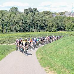 01-09-2018: Wielrennen: Ladies Tour: Sittard<br />Peloton in de buurt van Waterschley