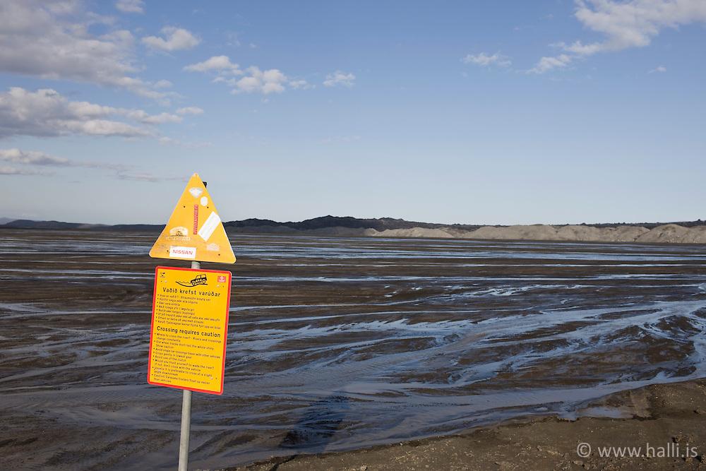Sand duanes near Dyngjujokull Iceland - driving over the water on sand duanes - Sandfjörur undan Dyngjujökli