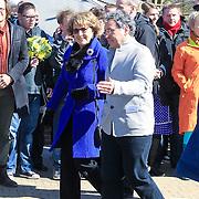 NLD/Amsterdam /20130327 - Prinses Magriet doop een tulp in Artis, Aankomst Prinses Margriet