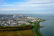 Nederland, Zeeland, Zeeuws-Vlaanderen, 19-10-2014; Terneuzen, zicht op Dow Chemical en de Westerschelde.<br /> Chemical plant and Western Scheldt.<br /> luchtfoto (toeslag op standard tarieven);<br /> aerial photo (additional fee required);<br /> copyright foto/photo Siebe Swart