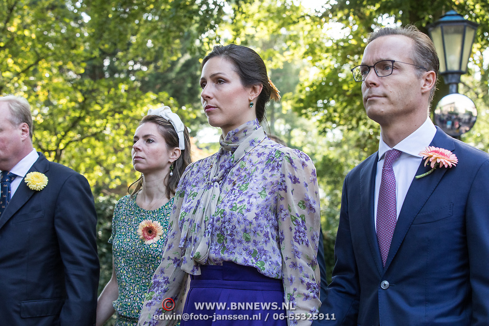 NLD/Den Haag/20190822 - Uitvaart Prinses Christina, Prins Jaime de Bourbon de Parme , Prinses  Viktoria de Bourbon de Parme , <br /> Prins Carlos de Bourbon de Parme en Annemarie