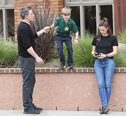Ben Affleck , Jennifer Garner and Samuel Affleck strolling around in Santa Monica. 27 Feb 2020 Pictured: Ben Affleck, Jennifer Garner, Samuel Affleck. Photo credit: ENEWS/MEGA TheMegaAgency.com +1 888 505 6342