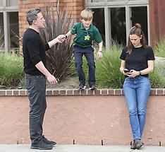 Jennifer Garner and Ben Affleck hang out with their son Sam - 27 Feb 2020