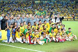 Equipe do Brasil na partida contra a Espanha, válida pela final da Confederações 2013, no estádio Maracanã, no Rio de Janeiro. FOTO: Jefferson Bernardes/Preview.com