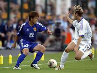 FOOTBALL - CONFEDERATIONS CUP 2003 - GROUP A - FRANKRIKE v JAPAN - 030620 - NOBUHISA YAMADA (JAP) / JEROME ROTHEN (FRA)- PHOTO GUY JEFFROY / DIGITALSPORT