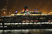 2013 Queen Elizabeth Meets Queen Mary