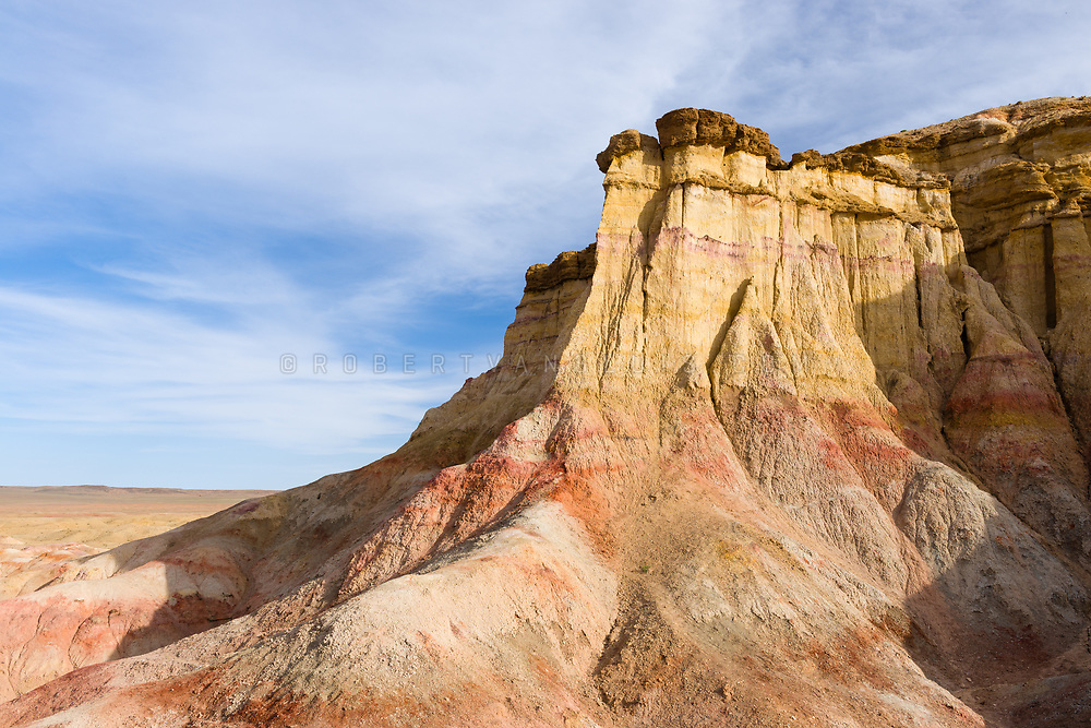 Rock formations at Tsagaan Suvarga (White Stupa), Dundgov Province, Mongolia. Photo ©robertvansluis.com