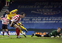 Picture: Henry Browne.<br /> Date: 26/12/2003.<br /> Brentford v Bristol City Nationwide League Division 2.<br /> Leroy Lita turns away after scoring the winner for City past Brentford keeper Paul Smith.
