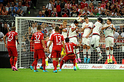 04.08.2015, Allianz Arena, Muenchen, GER, AUDI CUP, FC Bayern Muenchen vs AC Mailand, im Bild Der Freistoss von Douglas Costa (FC Bayern Muenchen) geht knapp ueber das Tor. // during the 2015 AUDI Cup Match between FC Bayern Muenchen and AC Mailand at the Allianz Arena in Muenchen, Germany on 2015/08/04. EXPA Pictures © 2015, PhotoCredit: EXPA/ Eibner-Pressefoto/ Stuetzle<br /> <br /> *****ATTENTION - OUT of GER*****