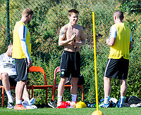 08/01/15 <br /> CELTIC TRAINING <br /> SALOBRE GOLF RESORT - GRAN CANARIA <br /> Celtic's Stefan Johansen feels the heat in training