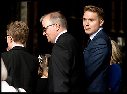 June 15, 2018 - London, London, United Kingdom - ROBERT HAWKING (glasses), TIMOTHY HAWKING and LUCY HAWKING (blue Dress) arrive with guests and family members at Westminster Abbey for Professor Stephen Hawking's  memorial service. (Credit Image: © Andrew Parsons/i-Images via ZUMA Press)