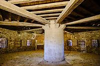 France, Manche (50), Cotentin, Saint-Vaast-la-Hougue, l'île de Tatihou, Tour de Benjamin de Combes, classée Patrimoine Mondial de l'UNESCO<br />   // France, Normandy, Manche department, Cotentin, Saint-Vaast-la-Hougue, l'île de Tatihou, Benjamin de Combes tower, listed as World Heritage by UNESCO