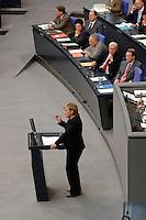 06 SEP 2006, BERLIN/GERMANY:<br /> Angela Merkel, CDU, Bundeskanzlerin, haelt eine Rede, im Hintergrund die Regierungsbank mit den Bundesministern/-ministerinnen: Michael Glos, Peer Steinbrueck, Brigitte Zypries, Wolfgang Schaeuble, Frank-Walter Steinmeier, Franz Muentefering, (v.L.n.R.), waehrend der Haushaltsdebatte, Etat Bundeskanzleramt, Plenum, Deutscher Bundestag<br /> IMAGE: 20060906-01-025<br /> KEYWORDS: Generaldebatte, Haushalt 2007, Sitzung,