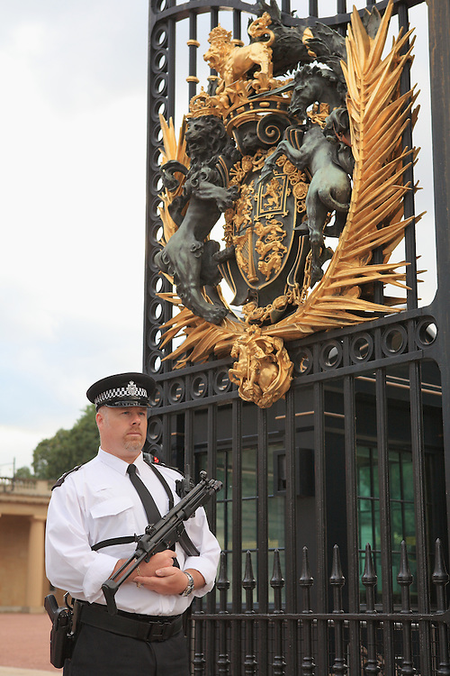 Buckingham Palace Guard - Westminster, UK