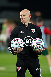 LEUVEN, BELGIUM - Wednesday, March 24, 2021: Wales' physiotherapist Paul Harris during the pre-match warm-up before the FIFA World Cup Qatar 2022 European Qualifying Group E game between Belgium and Wales at the King Power Den dreef Stadium. Belgium won 3-1. (Pic by Vincent Van Doornick/Isosport/Propaganda)