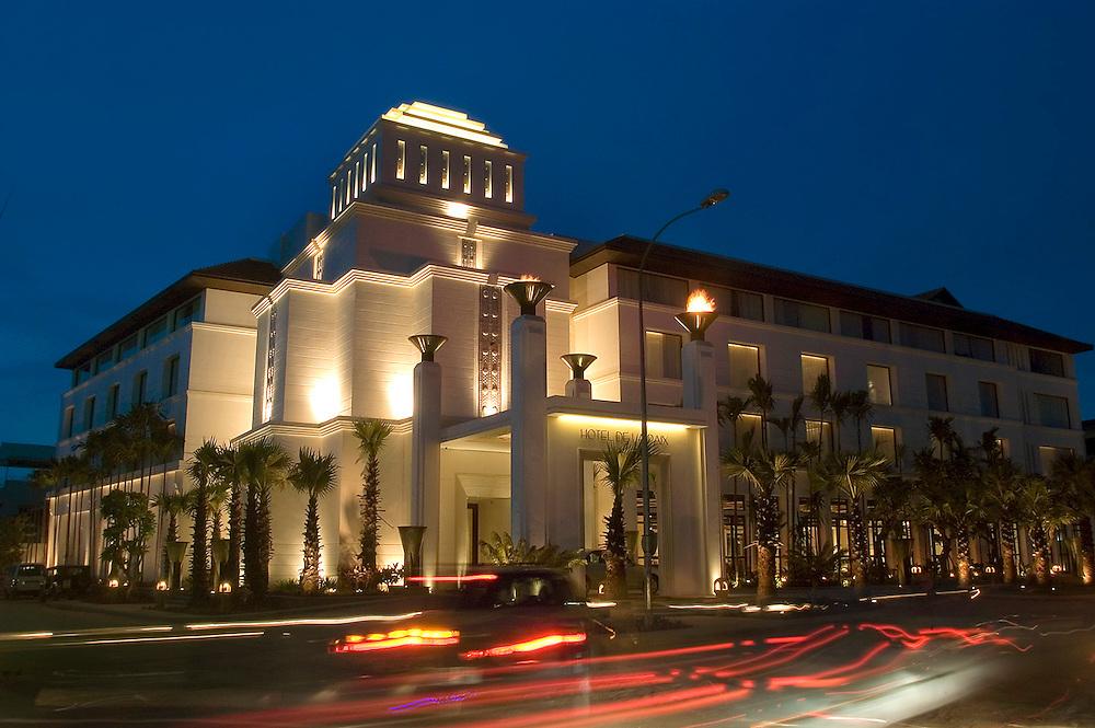 Hotel De La Paix.