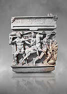 """End panel of a Roman relief sculpted Hercules sarcophagus with kline couch lid, """"Columned Sarcophagi of Asia Minor"""" style typical of Sidamara, 250-260 AD, Konya Archaeological Museum, Turkey. .<br /> <br /> If you prefer to buy from our ALAMY STOCK LIBRARY page at https://www.alamy.com/portfolio/paul-williams-funkystock/greco-roman-sculptures.html . Type -    Konya     - into LOWER SEARCH WITHIN GALLERY box - Refine search by adding a subject, place, background colour, museum etc.<br /> <br /> Visit our ROMAN WORLD PHOTO COLLECTIONS for more photos to download or buy as wall art prints https://funkystock.photoshelter.com/gallery-collection/The-Romans-Art-Artefacts-Antiquities-Historic-Sites-Pictures-Images/C0000r2uLJJo9_s0"""