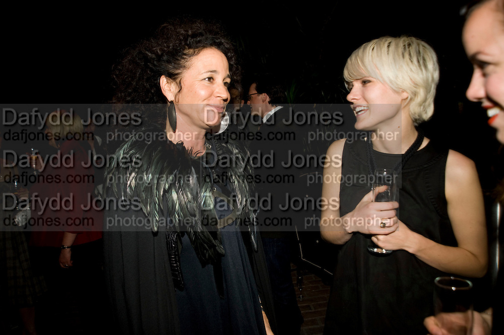 LISA EISNER; LISA COLE, Rodarte Poolside party to show their latest collection. Hosted by Kate and Laura Muleavy, Alex de Betak and Katherine Ross.  Chateau Marmont. West  Sunset  Boulevard. Los Angeles. 21 February 2009 *** Local Caption *** -DO NOT ARCHIVE -Copyright Photograph by Dafydd Jones. 248 Clapham Rd. London SW9 0PZ. Tel 0207 820 0771. www.dafjones.com<br /> LISA EISNER; LISA COLE, Rodarte Poolside party to show their latest collection. Hosted by Kate and Laura Muleavy, Alex de Betak and Katherine Ross.  Chateau Marmont. West  Sunset  Boulevard. Los Angeles. 21 February 2009