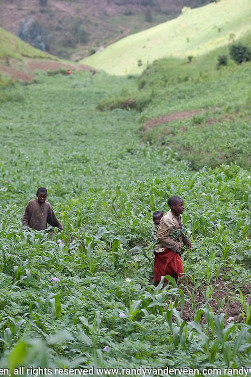 Photo Randy Vanderveen.Nyrusange, Rwanda.A Rwandan children
