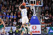 DESCRIZIONE : Eurocup 2014/15 Last32 Dinamo Banco di Sardegna Sassari -  Banvit Bandirma<br /> GIOCATORE : Edgar Sosa<br /> CATEGORIA : Tiro Tre Punti Controcampo<br /> SQUADRA : Dinamo Banco di Sardegna Sassari<br /> EVENTO : Eurocup 2014/2015<br /> GARA : Dinamo Banco di Sardegna Sassari - Banvit Bandirma<br /> DATA : 11/02/2015<br /> SPORT : Pallacanestro <br /> AUTORE : Agenzia Ciamillo-Castoria / Luigi Canu<br /> Galleria : Eurocup 2014/2015<br /> Fotonotizia : Eurocup 2014/15 Last32 Dinamo Banco di Sardegna Sassari -  Banvit Bandirma<br /> Predefinita :