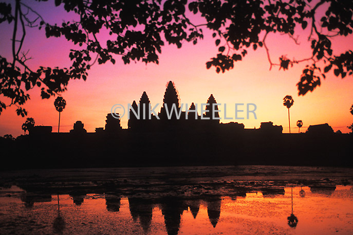 Angkor Wat temple, the largest religious monument in the world, at dawn, Siem Reap, Cambodia