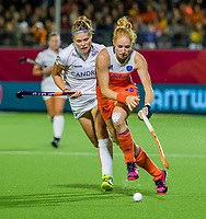 ANTWERPEN -  Margot Van Geffen (Ned) met Pauline Leclef (Bel)  tijdens  Nederland-Belgie (1-1) vrouwen  bij het Europees kampioenschap hockey. COPYRIGHT KOEN SUYK