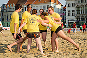 Beachvolleybal Mechelen 2012. Team Mechelen actie.