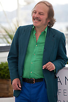 Philippe Katerine at the Le Grand Bain (Sink Or Swim) film photo call at the 71st Cannes Film Festival, Sunday 13th May 2018, Cannes, France. Photo credit: Doreen Kennedy