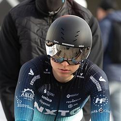 11-03-2021: Wielrennen: Healthy Ageing Tour: Lauwersoog. <br />Britt Knaven