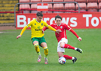 Football - 2020 / 2021 Sky Bet Championship - Barnsley vs Norwich City - Oakwell<br /> <br /> Max Aarons of Norwich City vies with Callum Styles of Barnsley<br /> <br /> Credit :COLORSPORT/BRUCE WHITE
