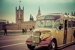 O Bedford OB foi o modelo de ônibus mais popular na década de 30, construído pela empresa Britânica Bedford. Era um veículo robusto de chassis monobloco com tração semi-dianteira que comportava de 26 a 29 passageiros. FOTO: Jefferson Bernardes/ Agência Preview