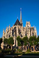 France, Region Centre-Val de Loire, Loiret (45), Orléans, la cathédrale Sainte-Croix // France, Loiret, Orleans, Sainte-Croix cathedral