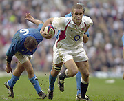 Twickenham, Surrey, 9th March2003, Six nations International Rugby,  RFU Stadium, England, [Mandatory Credit; Peter Spurrier/Intersport Images]<br /> Photo Peter Spurrier<br /> 09/03/2003<br /> RBS Six Nations Rugby England v Italy<br /> Joe Worsley