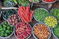 Inde, Rajasthan, Jodhpur la ville bleue, marché aux legumes // India, Rajasthan, Jodhpur, the blue city, vegetable market