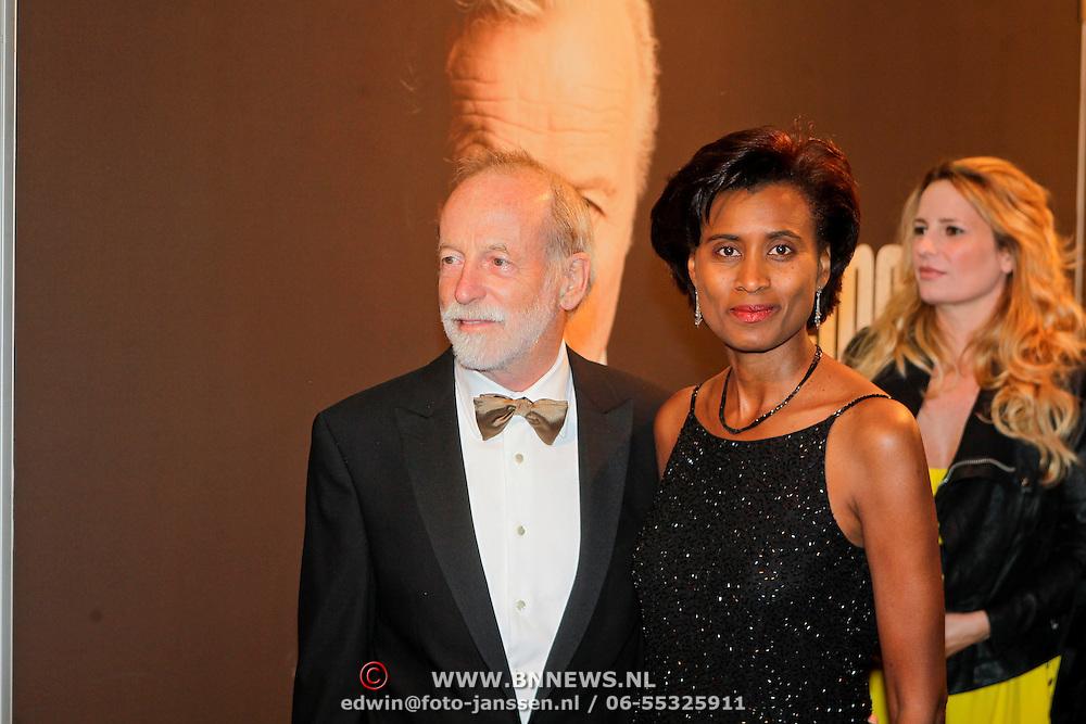 NLD/Amsterdam/20111017 - Premiere De Heineken Ontvoering, Jan Naeye en partner Laetitia Griffith