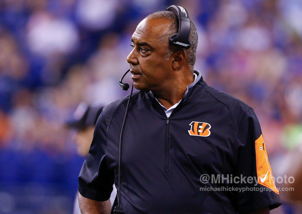 INDIANAPOLIS, IN - SEPTEMBER 3: Head coach Marvin Lewis of the Cincinnati Bengals is seen during the game against the Indianapolis Colts at Lucas Oil Stadium on September 3, 2015 in Indianapolis, Indiana. (Photo by Michael Hickey/Getty Images) *** Local Caption *** Marvin Lewis