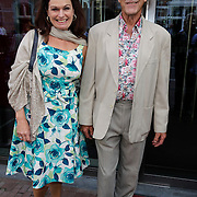 NLD/Amsterdam/20120823 - Premiere King Lear, Liz Snoijink en partner Nicolaas Oldenburg
