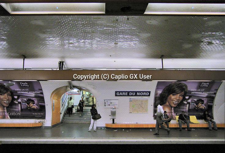 Frankrijk, Parijs, 18-5-2005  Het perron in het metrostation Gare du Nord . Foto: ANP/ Hollandse Hoogte/ Flip Franssen