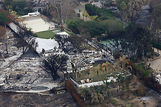 Robin Thicke's house burned down by California wildfires - 19 Nov 2018