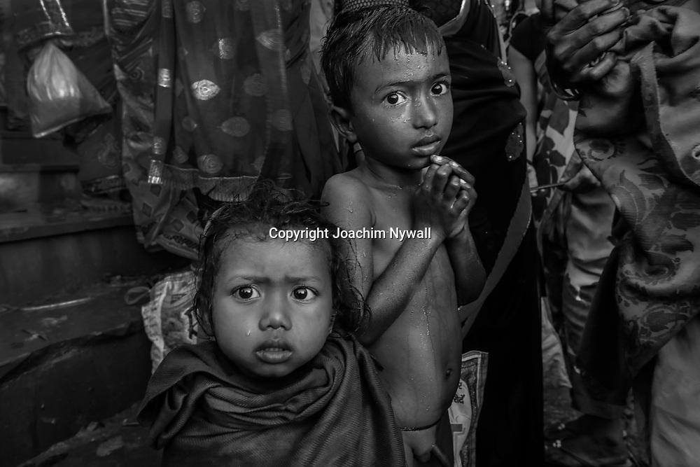 20181104 Sonepur Bihar Indien<br /> Sonepur Mela<br /> Porträtt av två barn<br /> <br /> ----<br /> FOTO : JOACHIM NYWALL KOD 0708840825_1<br /> COPYRIGHT JOACHIM NYWALL<br /> <br /> ***BETALBILD***<br /> Redovisas till <br /> NYWALL MEDIA AB<br /> Strandgatan 30<br /> 461 31 Trollhättan<br /> Prislista enl BLF , om inget annat avtalas.