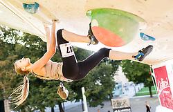 01.08.2015, Mariahilfer Straße, Wien, AUT, ISFC, Free Solo Masters MAHÜ, Finale, im Bild Wanda Glück (AUT) // during final of the ISFC Free Solo Masters MAHÜ at the Mariahilfer Strasse in Vienna, Austria on 2015/08/01. EXPA Pictures © 2015, PhotoCredit: EXPA/ Michael Gruber