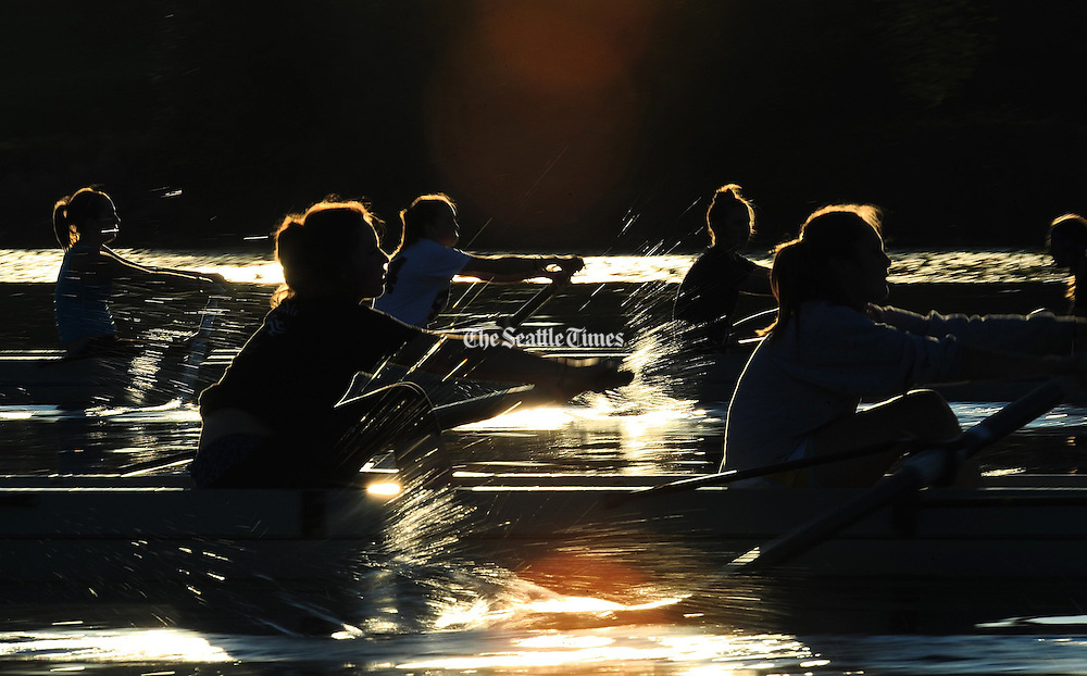 Mount Baker Junior Crew's novice girls row a workout piece on Lake Washington during evening practice in Seattle. (John Lok / The Seattle Times)