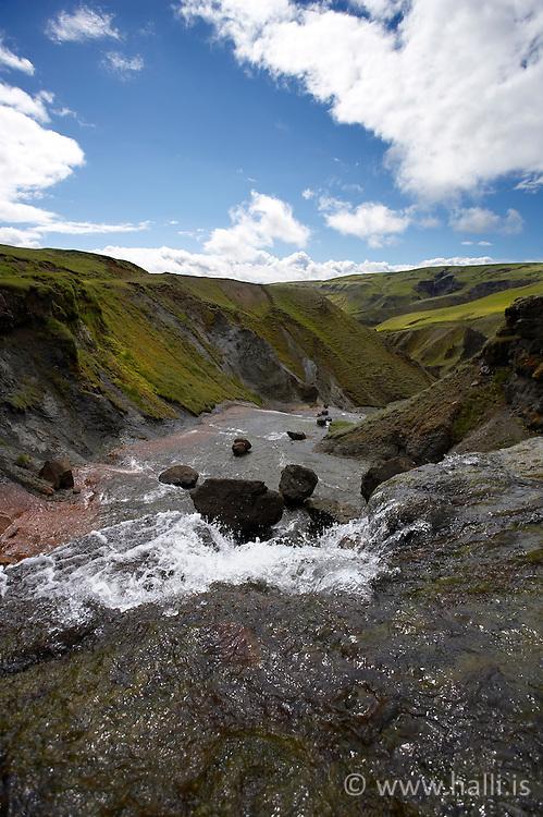 Waterfall near Fagrifoss, in the highlands of Iceland - Lítill foss á leið í Laka