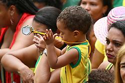 June 22, 2018 - Salvador, Brazil - SALVADOR, BA - 22.06.2018: TORCIDA DO BRASIL EM SALVADOR - Child in the middle of the Olodum crowd in Pelourinho, in Salvador, Bahia, during a game between Brazil and Costa Rica, valid for the 2018 World Cup. (Credit Image: © Mauro Akin Nassor/Fotoarena via ZUMA Press)