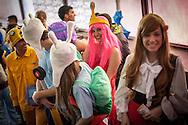 Cosplay de los personajes de la serie animada Hora de Aventura en la Convencion Avalancha de Venezuela que reune a otakus, cosplayers, fanaticos de la ciencia ficcion, comics, anime, mangas y juegos. Caracas, del 9 al 18 de agosto de 2013. (Foto / ivan Gonzalez)