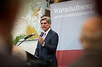 DEU, Deutschland, Germany, Berlin, 06.10.2014: <br /> Siemens-Chef Joe Kaeser während einer Rede beim Wirtschaftsempfang der SPD-Bundestagsfraktion im Deutschen Bundestag.