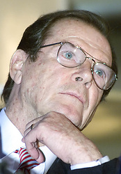 Czechia, Prague - March 4, 2005.Unicef: goodwill ambassador Sir Roger Moore (former starring as James Bond) attending a press conference in preperation of the Czech Lion film award ceremony. (Credit Image: © Michael Heitmann/Ropi via ZUMA Press)